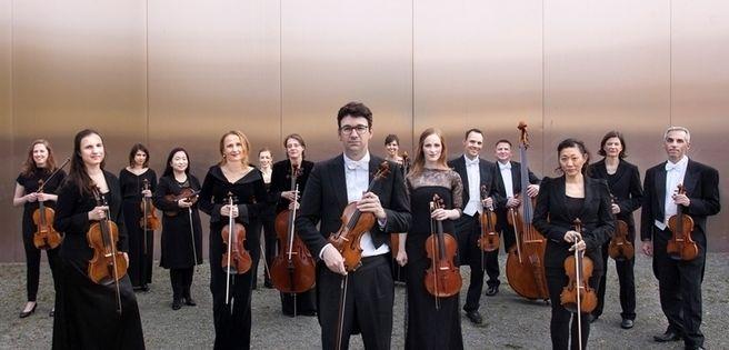 """Berlin: """"Deutsches Kammerorchester und Annika Treutler"""" mit """"#5 Appassionata"""" in der Philharmonie"""