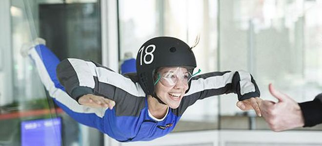 "Berlin: ""Indoor Skydiving Airlebnis M"" bei Windobona Berlin"
