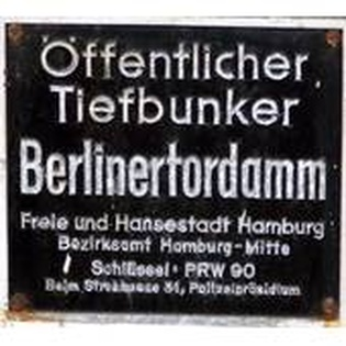 Führungen durch den Tiefbunker am Berliner Tor