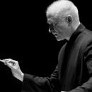 Sir George Benjamin dirigiert die Berliner Philharmoniker