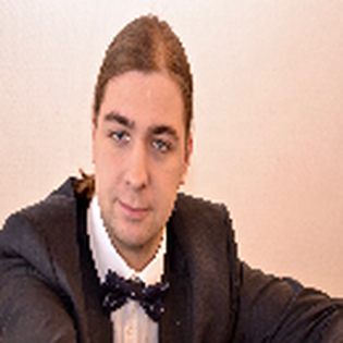 Pianistenclub: KLAVIERABEND MIT PETER CHUKHNÓV