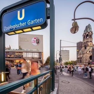 art:berlin - BIKINI BERLIN
