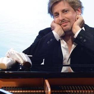 Daniel Helfrich