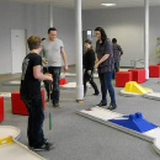 Indoor- Minigolf-Anlage