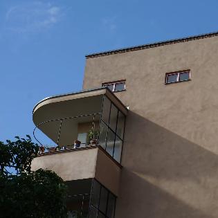 ARCHITEKTURFÜHRUNG WOHNSTADT CARL-LEGIEN