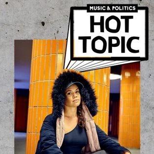 HOT TOPIC X Delicia Latina.