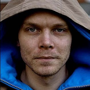 "Johan Harstad ""Max, Mischa & Die Tet-Offensive"""
