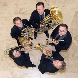 Classic Brass - »AMAZING MOMENTS«