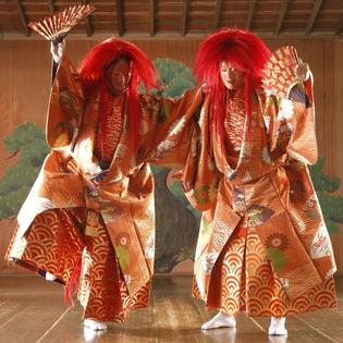 Zwischen Traum und Wirklichkeit – Japanisches Nô-Theater