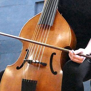 Gefangen zwischen Bach und Lawes