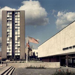 West-Berlin: Metropolis of Art