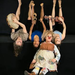 Gaia Gaudi - Clowntheater