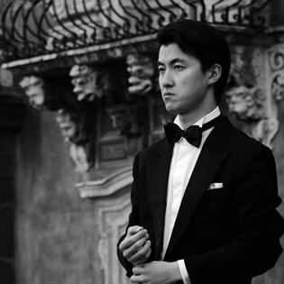 Haiou Zhang spielt im Rittersaal