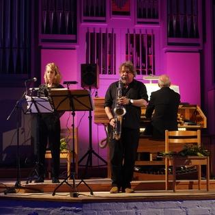 Lauren Newton und Trio Choralconcert