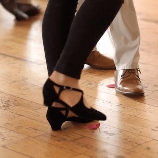 Salsa für Anfänger mit Erfahrung bis Mittelstufe