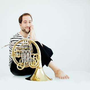 Felix Klieser & Festival Strings Lucerne