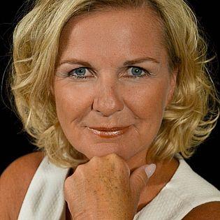 Hera Lind live