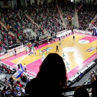 Telekom Baskets Bonn vs. Fraport Skyliners